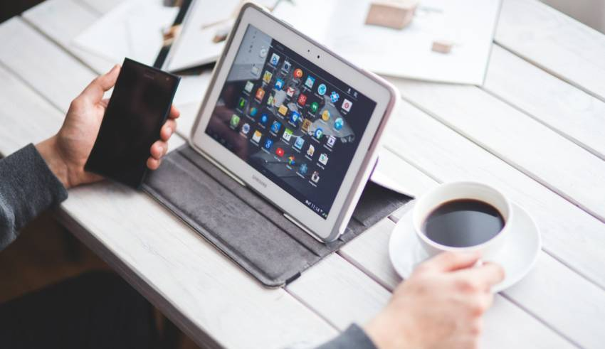 15 Best Low Budget Tablets You Can Buy Under $100