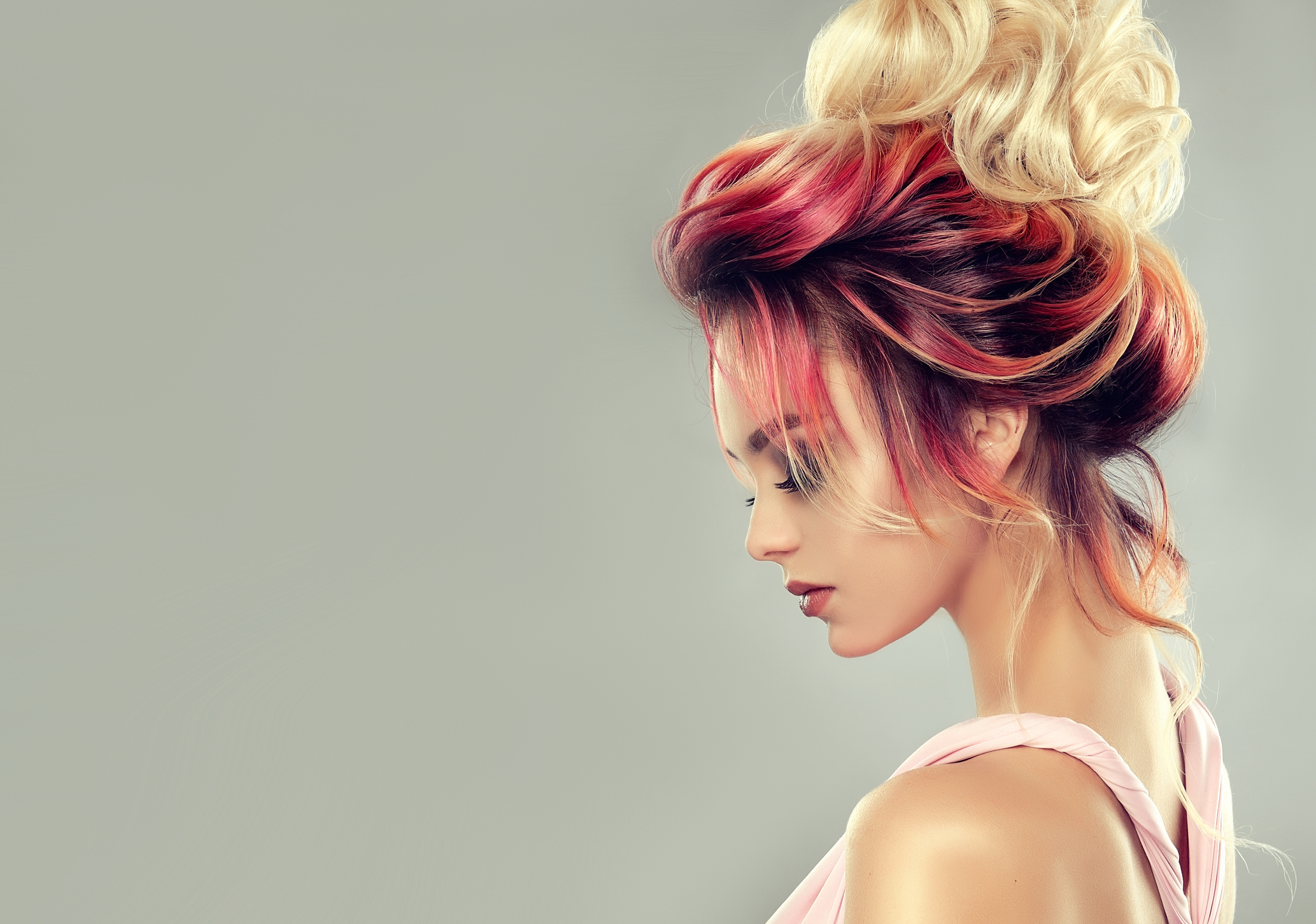Changing yourself trendier is now easy with hair design in San Bernardino team
